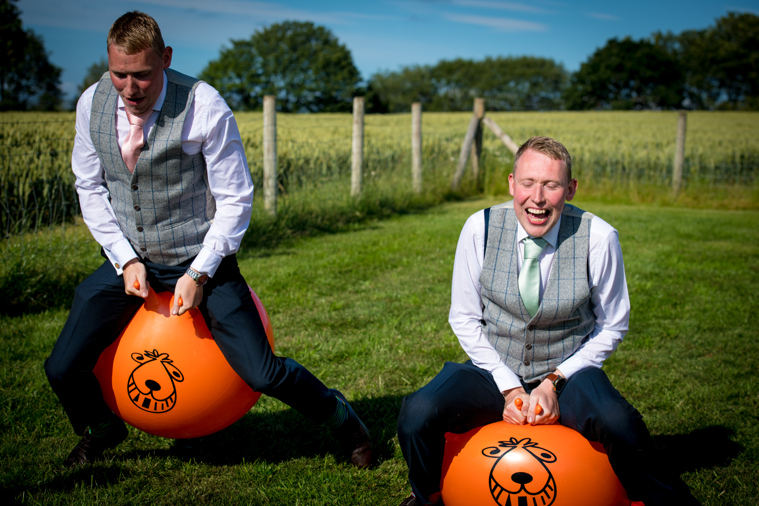 Farm Wedding, wedding Photograpger Bolton, Bury, Manchester, Standish