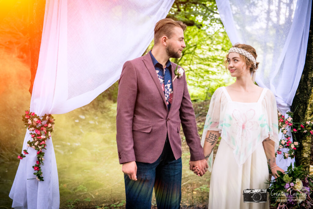 In the Forrest At the Wellbeing Farm. Styled Boho Shoot,Couple I the forrest, smoke bombs
